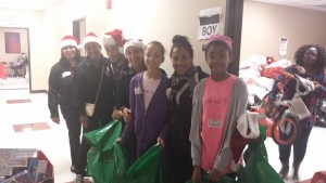 Jack and Jill Kids and Teens working the Toy Drive